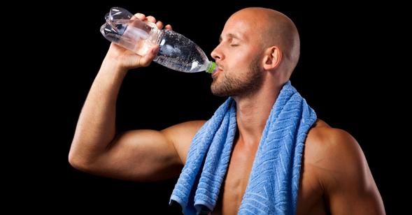 Energie und Wasser Muskelaufbau